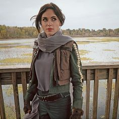 We're live on twitch!  First look at one of the photos from my Rogue One shoot as Jyn Erso, drop by and hear about my adventures today! ✨ YouTube video will be up tomorrow -editing woes and expect new prints in the storenvy tomorrow night  #jynerso #streamer #creativetwitch #rogueone #starwars #fitnerd #felicityjones