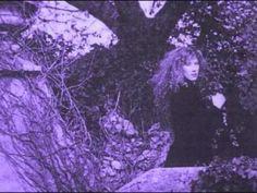 Loreena McKennitt-To the Fairies they Draw Near