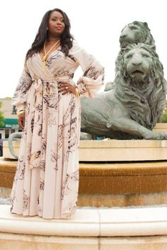 Beautiful dress Curvy Women Fashion, I Love Fashion, Plus Size Dresses, Plus Size Outfits, Casual Dresses, Fashion Dresses, Look Plus, Plus Size Beauty, Plus Size Fashion For Women