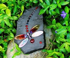 Recycle Reuse Renew Mother Earth Projects: how to make Dragonfly Mosaic Stones