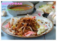 Ketoprak ( Glass Noodles and Tofu Salad with Garlic Peanut Sauce)
