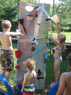 Water Wall - DIY Wasserspiele für Kinder