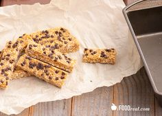 Quaker-chewy-chocolate-chip-protein-granola-bars (I'll sub out agave for some honey...)