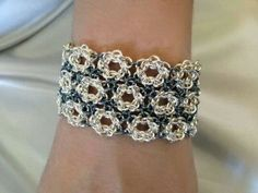 Chainmaille Wedding THIS IS BEAUTIFUL!  VERY NICE, WISH I WAS TALENTED