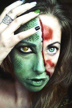 Lizard Lady Halloween Makeup Ideas for Women