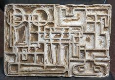 Daymán Antúnez (Uruguay 1922-1992): Constructivo. Cemento 25 x 35 cm. Firmado al dorso.