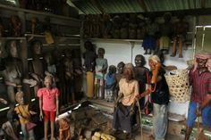 statue in toraja