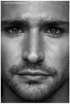 Matt Dallas by Kate Romero Matt Dallas, Beautiful Eyes, Gorgeous Men, Beautiful People, Regard Intense, Matt And Blue, Figure It Out, In Hollywood, Hot Guys