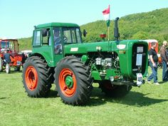dutra traktoren typen - Google-søgning Agriculture Farming, Cars And Motorcycles, Engineering, Trucks, Vehicles, Google, Tractors, Antique Cars, Truck