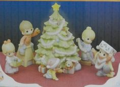 WISHING YOU AN OLD FASHIONED CHRISTMAS 6 Piece Precious Moments Porcelain Family Scene Trimming Christmas Tree - http://www.preciousmomentsfigurines.org/precious-moments/wishing-you-an-old-fashioned-christmas-6-piece-precious-moments-porcelain-family-scene-trimming-christmas-tree/