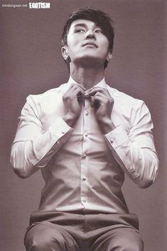 [pics + tracklist] Kim Dong Wan - The Secret Between Us - 「 SHINHWA DAILY 」