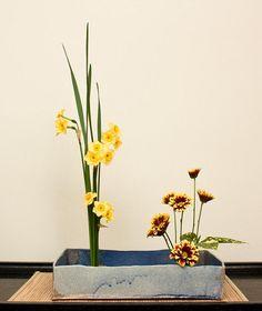 Ikebana 30 mar 10 (3) by PaRaP, via Flickr