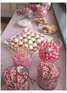 Baby Shower Ideas For Girls Themes, Cute Baby Shower Ideas, Girl Baby Shower Decorations, Babyshower Girl Ideas, Baby Shower Girl Centerpieces, Baby Shower Treats, Baby Shower Desserts, Baby Shower Brunch, Baby Girl Shower Food