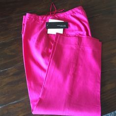 "Host p.2/28/16Jones New York Stunning pants Made from silk and cotton,gorgeous magenta color ,No lining,very lightweight.New with tags,Inseam 25"" Jones New York Pants Ankle & Cropped"