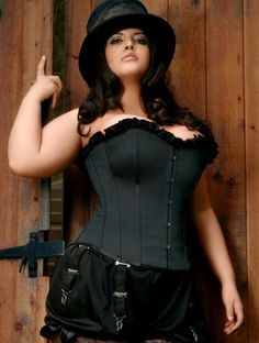corset Big curvy plus size women are beautiful! fashion curves real women accept your body body consciousness BLOOMERS AND HAT! Plus Size Steampunk, Mode Steampunk, Steampunk Fashion, Steampunk Corset, Looks Plus Size, Curvy Plus Size, Plus Size Girls, Corset Bustier, Alternative Mode