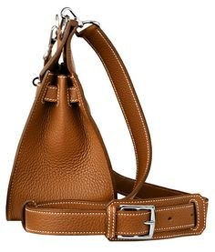 Hermes Jypsiere bag in tan (gold) leather. Side view.