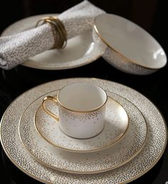 Just bought the same china... except mine is rose gold :) :) :)