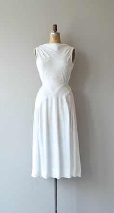 Tonal Ellipse dress 1930s white dress vintage 30s by DearGolden