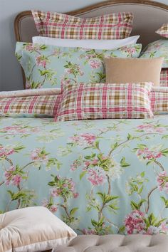 Buy Bedding Online at EziBuy | Bed linen includes sheet sets, duvet covers, blankets, quilts - Charlotte Euro Pillowcase - EziBuy New Zealand