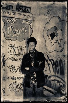 As one of the first young graffiti writers during the Flint Gennari discusses being a precursor to the modern art and growing up in its golden age 3d Street Art, Street Art Graffiti, Graffiti Artists, Stencil, New York Graffiti, Sidewalk Chalk Art, Nyc Subway, Graffiti Lettering, Cultura Pop