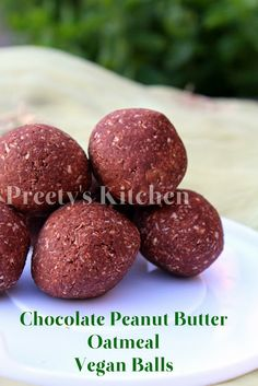 Chocolate Peanut Butter Oatmeal Vegan Balls {Clean Eating} / No Bake Recipe