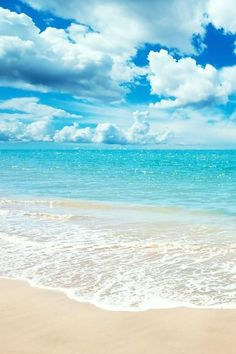 Sun, Sea, Sand……and a warm breeze. Source: follow-the-sea-breeze.tumblr.com via ♥ Luvs 2 Travel on Pinterest*** and the colours it inspires…… Source: bhg.com via ♥ Luvs 2 Tr…