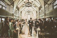 ゲストの皆様に祝福される中で。 やはりワイドな写真好きです。 #ハートのある写真 #生きる写真 #photoby_hassy @laviefactory #wedding#weddingphoto#weddingphotography#weddingdress#prewedding#portrait#instawedding#engagementphoto#結婚式写真#ウェディング#ウェディングフォト#前撮り#ラヴィファクトリー#プレ花嫁#エンゲージメントフォト#結婚式準備#canon#結婚式#ゲストハウス#ホテルウェディング #カジュアルウェディング#photobyhassy#写真好きな人と繋がりたい#結婚式振り返り#ガーデンウェディング#fortunegardenkyoto#ナチュラルウェディング