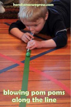 Foto: Benodigheden: – Gekleurd tape – Pom Poms – Rietjes Doen: Even een leuke en vooral simpele activiteit die ik op internet voorbij zag komen! Nog geen tijd voor gehad hem zelf …