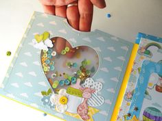 Scrapbook Bebe, Scrapbooking Album, Baby Boy Scrapbook, Mini Scrapbook Albums, Handmade Sheet, Handmade Baby, Baby Record Book, Baby Mini Album, Diy Crafts For Girls