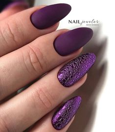 We carefully collected pictures of nail art ideas, take a moment to take a closer look at the pictures in the article, you can find design inspiration for you. Minimalist Nails, Cute Nails, Pretty Nails, Jamaica Nails, Heavenly Nails, Hair And Nails, My Nails, Nail Atelier, Bubble Nails