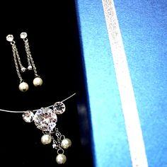 Beau cristal lumineux Tassel Argent Placage perle Collier Set NS1896A