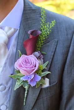 Aubergine Calla Lily with Sweet Peas and Cool Water Rose