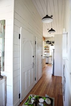 Fixer Upper is a new show on HGTV. Chip and Joanna Gaines from Magnolia Homes take clients through the process of finding the right home,. Magnolia Homes, Magnolia Fixer Upper, Magnolia Farms, Magnolia Market, Farmhouse Chic, Farmhouse Design, Farmhouse Kitchens, Farmhouse Interior, Industrial Farmhouse