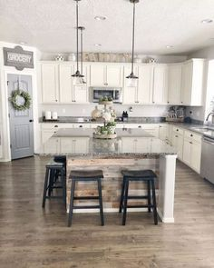 √81 Farmhouse Kitchen Ideas that Will Make Your Kitchen Look Awesome | updowny.com