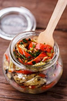 Antipasto, Yams, Chutney, Veggie Recipes, Finger Foods, Pesto, Cooking Tips, Good Food, Appetizers