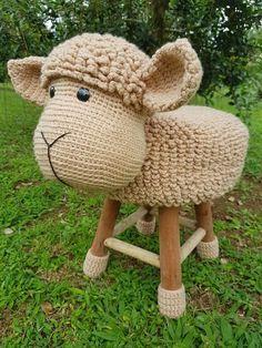 Sheep stool cover crochet
