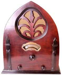 Zaney Gill Music Box Cathedral Restored Antique Radio - 1933