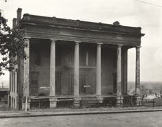 Walker Evans (artist) American, 1903 - 1975 Abandoned Ante-Bellum Plantation House, Vicksburg, Mississippi, 1936 gelatin silver print sheet: x cm x 9 in.) Horace W. Goldsmith Foundation through Robert and Joyce Menschel Old Southern Homes, Southern Plantation Homes, Southern Mansions, Plantation Houses, Southern Style, Southern Pride, Southern Living, Old Mansions, Abandoned Mansions