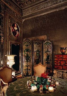 Tony Duquette for Rosie Rosenkrans. The Golden Room in her Venice Palazzo.