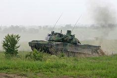 Французский танк AMX-56 Leclerc на показательном выступлении 15 июня 2006 года