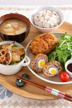 #breakfast #healthy #japanese Japanese Dishes, Japanese Food, Bento Recipes, Cooking Recipes, Exotic Food, Korean Food, Food Design, Soul Food, Asian Recipes