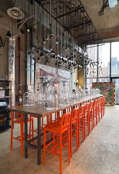 <p>The new hotspot in Moscow just opened! Pop-up club Door19 is a restaurant, modern art gallery and a pre-party bar at the same time. The club, situated on the last floor of ArtHouse on the 19 Serebryanicheskaya emb., will bring the epicenter of Moscow's cultural and gastronomic life in the area of the future ArtKvartal…</p>