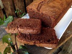 Schokoladenkuchen mit Haselnüssen