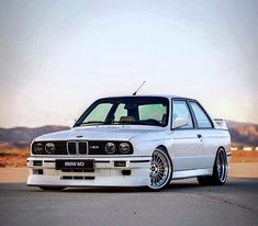An overview of BMW German cars. BMW pictures, specs and information. Bmw E30 M3, Volkswagen, Carros Bmw, E36 Coupe, Automobile, Bmw Autos, Bmw Classic Cars, 2017 Bmw, Car Pictures