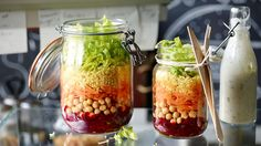 Quinoa Bowl, Lunch To Go, Couscous, Mason Jars, Vegetables, Tableware, Food, Dressing, Kitchens
