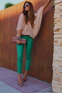Green pant, clutch, nude top #style