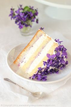 Flower Cake with edible violets