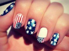 Il me faut des ongles comme ça !!! :o