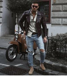 Yes or No?  Follow @mensfashion_guide for more! By @philippegazarstyle  #mensfashion_guide #mensguides