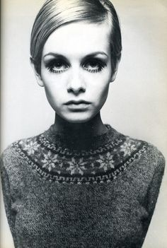 Twiggy belle campagne. Twiggy could look as glum as possible and still look cute, she was so ridiculously photogenic.